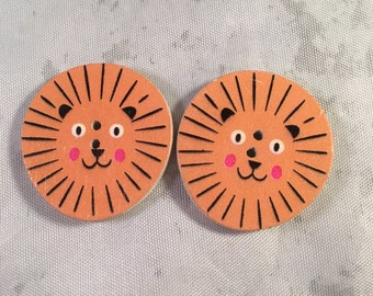 Lion Buttons - Set of 2- Lion Buttons - Wooden Buttons - DIY Crafts, Hairbows, Scrapbooking and More!