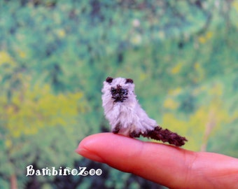 Himalayan Cat / Colourpoint Persian Miniature Amigurumi - hand made crochet amigurumi figurine.
