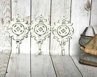 Shabby Chic Wall Hooks - Shabby Chic Bathroom Decor - Vintage Style Coat Hooks - Wall Jewelry Holder - Cast Iron Towel Hooks - Key Holder