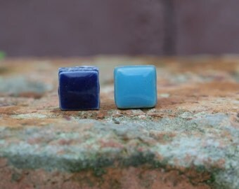 Ceramic tile stud earring (type 1, page for deep blue and sky blue)