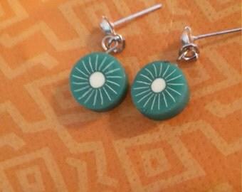 Round Kiwi Earrings
