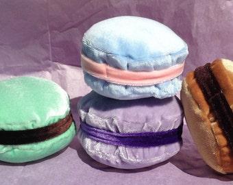 French Macaron Plush - various colors/flavors | Macaron Keychain | Macaron Charm | Macaron Toy | Food Toy | Baby Toddler Toy | Pastry Plush