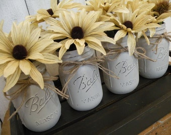 Fall Set of 4 Hand Painted Mason Jars, Fall Mason Jars, Fall Centerpieces, Rustic Decor, Wedding, Thanksgiving, Autumn flowers included