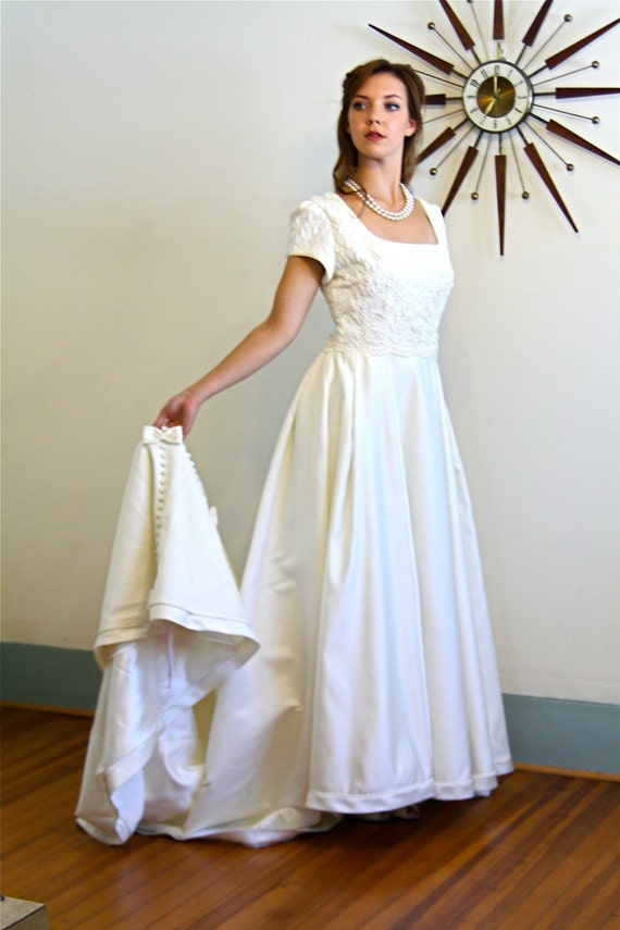 Modest wedding dress, vintage wedding dress, ivory satin gown, long train gown, full ball gown, Beaded Lace gown, Plus size 12 14 2XL, Vera
