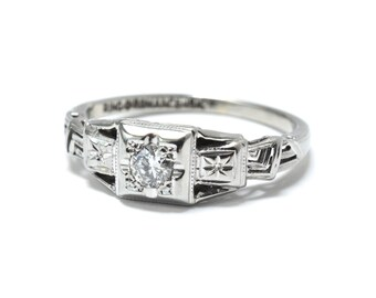 Art Deco Filigree Diamond Engagement Ring - 18K White Gold - Size 5