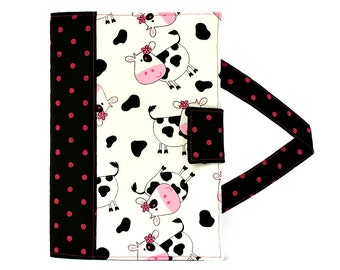 Cows Crayon Artist Case with option to add a name, Valentine gift, Crayon holder, Crayon wallet, Crayons and paper included