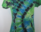 Tie Dye T-shirt Size Large Bright Blue and Bright Green