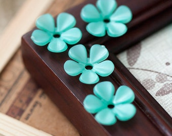 Vintage Shimmery Turquoise Green Lucite Plastic Flower Beads
