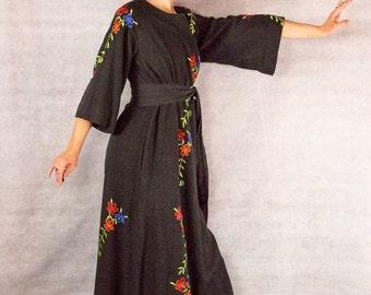 60s Vintage Cotton Far East///Witches Garden Dress/// size M