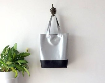 Large Silver Tote Bag - Vegan leather tote Bag - minimal Tote Bag - Italian design bag - handcrafted bag Made in Italy by Pitti Vintage