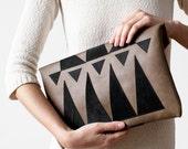 Clearance SALE Khaki Envelope Bag Geometrical Leather Suede black No. Eba-102