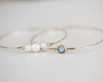 Pearl Bracelet Set, Set of 2 Gold Bangles, Blue Sky and Pearl Bracelet, White Pearl Bangle, Bridal Bangle, Baby Shower, Bridesmaids Bangle