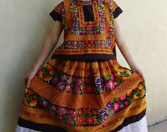 Mexican Collectors Tehuana Black Satin Traje / outfit floral + cadinella/geometric pattern + Boho Frida Kahlo LRG