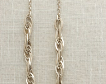 Chunky Silver Chain Rope Necklace Lightweight Choker Adjustable 17 inches | Costume Jewelry | True Vintage | 1980s 16B