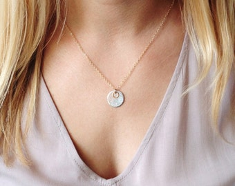 Personalized Jewelry, Girlfriend Gift, Daughter Gift, Gold Disc Jewelry, Gold Circle Necklace, Gift for Wife, Mother's Necklace, Mom Gift