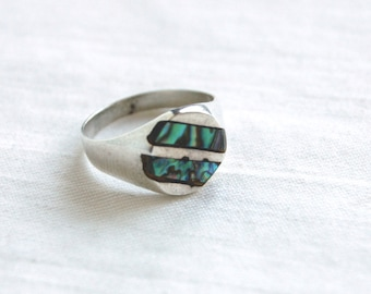Mexican Abalone Ring Size 6 Vintage Striped Sterling Silver Modernist Jewelry Round Ring