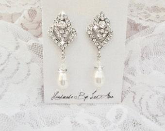 Pearl earrings ~ Rose bud posts ~ Brides earrings ~ Crystal earrings, Bridal jewelry ~ Art deco, Vintage style, Wedding earrings, Stunning