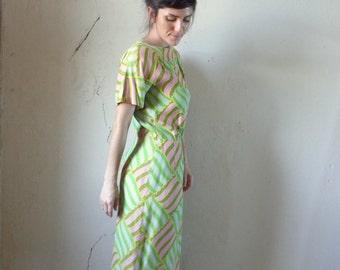 60s blouson midi dress/ woven pattern print// size small