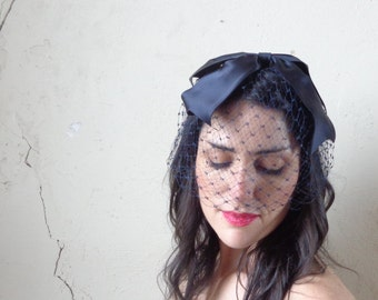 navy blue veil whimsey with big satin bow on top