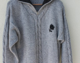 Gray Austrian sweater cable knit embroidered edelweiss folklore Trachten Landhaus  Bavarian pullover wool blend  chest 42 Med.