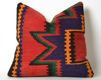 Kilim Pillow Cover - Red Green Orange Ethnic Home Decor Handwoven Wool Turkish Kilim Embroidery Pillows Decorative Pillow Vintage Home Decor