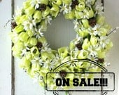 Spring Tulip Wreath - Pussy Willows - Easter Wreath - Spring Door Wreath - White Daisies - Faux Tulips - Large Door Wreath