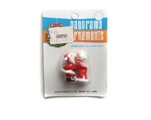 Miniature Santa and Mrs Claus Plastic Craft Figures, Mother and Father Christmas, Kissing Mr and Mrs Claus Miniature Christmas Decorations