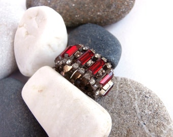 Rhinestone Ring - Vintage Jewellery - Red Ring - Dress Ring - Band