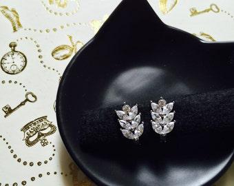 Sparkling crystal earrings