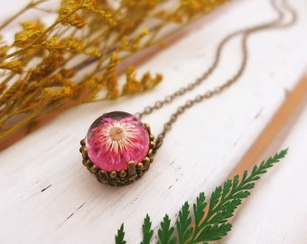Pink Flower Necklace, Pink Daisy Necklace, Hot Pink Necklace, Real Flower Necklace, Pressed Flower Jewelry, Floral Necklace, Girlfriend Gift