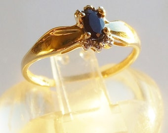 10k Yellow Gold Sapphire Ring Size 6 3/4 - N