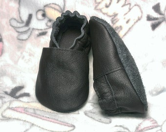 HOT SALE! Black soft sole leather shoes, leather baby shoes, soft soled baby shoes, baby slippers, toddlers moccasins, crib shoes