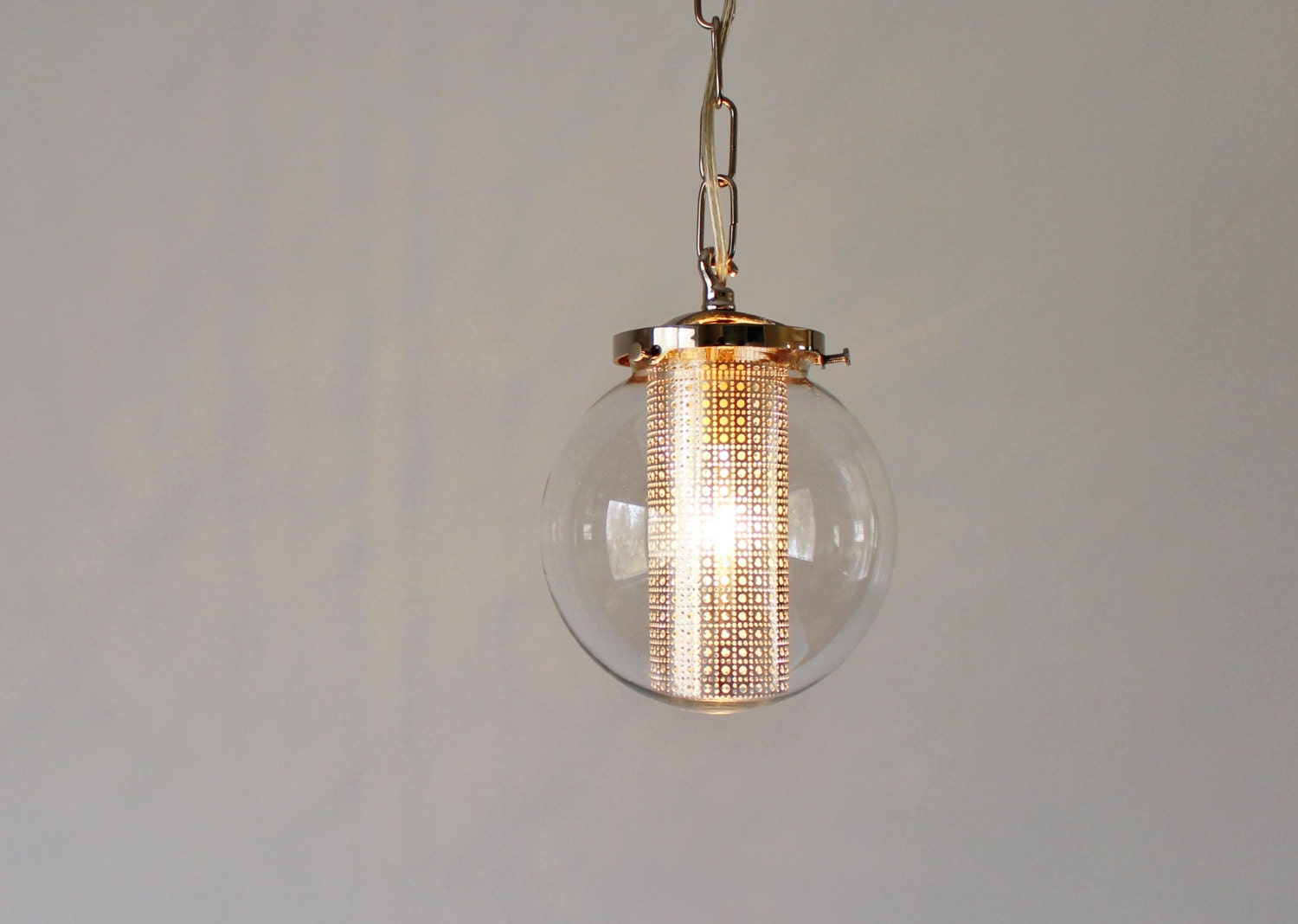 Globe pendant light modern hanging pendant lamp clear glass for Modern hanging pendant lights