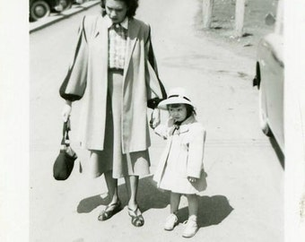 """Vintage Snapshot """"Shopping with Mother"""" Holding Hands Mom Daughter All Dressed Up Americana Fashion Old Black & White Photo Vernacular - 15"""