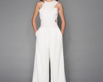 NEW! OFF-White Jumpsuit/ white /Romper / Pantsuit / Playsuit / Womens wear / wide leg / gaucho pants / Pleats / palazzo pants/ Ari J AW16