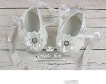 White Baby Shoes, Baby Girl Shoes, Crib Shoes, Infant Shoes, Newborn Girl Shoes, Rosette Baby Shoes, Dressy Baby Shoes