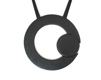 Large round Leather Bib Necklace, Edgy Black Necklace, Statement Necklace, Leather Jewellery, Big Donut Necklace, Gift for Her