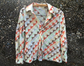 Vintage Geometric Sheer Buttondown Shirt by Norben from California. Made in USA. Diagonal Triangle Pattern.