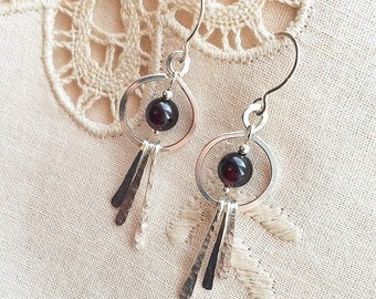 Natural Garnet quartz beads / Hammered Sterling Silver Wire/ handmade dangling earrings