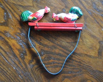 Rooster Pecking Toy