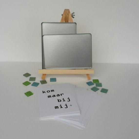 Zelf samenstellen: 12 kaarten van postPLUS in kadoblik (gift, ansichtkaarten, tekst), A6-formaat, zwart-wit