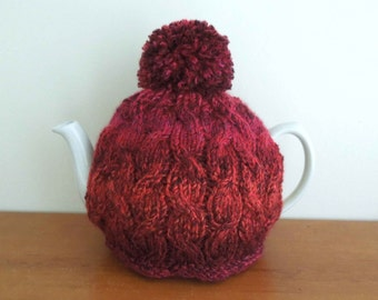 Hand knitted cable tea cosy, Fits 2 pint, 4-6 cup pot 40 fl oz. Handmade tea cozy, gift. Traditional tea cosy UK, chunky tea cosy pom pom