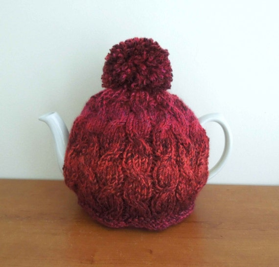 Hand knitted cable tea cosy Fits 2 pint 4-6 cup pot 40 fl
