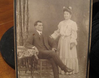 Vintage Couple picture photo man and woman Dubois