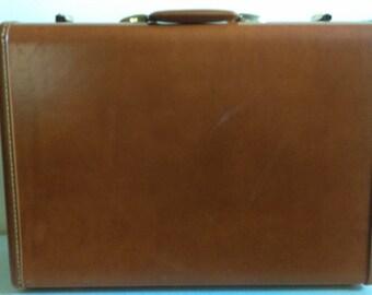Vintage Samsonite Brown Suitcase.