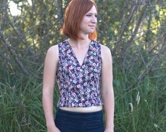 SALE// Vintage Floral Vest Blouse, Crop Top, Size Small