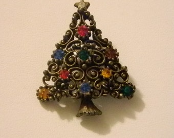 Antiqued Gold Tone Holiday Christmas Tree Pin Brooch with Crystals