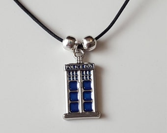 Tardis (Doctor Who) Police box black cord necklace
