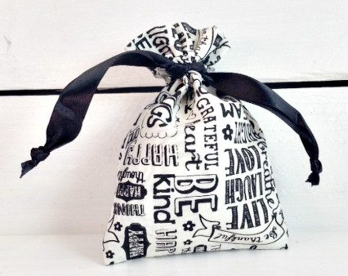 Chalkboard Linen Favor Bag, Soap Favor Bag, Unique Wedding Favor Bag, 4x6 Linen Favor Bag, Wedding Favor Bag, Black and white Favor Bag