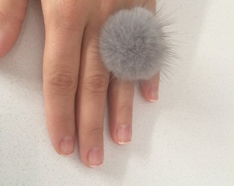 Sapphire  furry ring, Mink pompom ring,  Mink  finger ring with genuine leather.Real fur ring